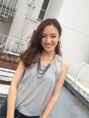 蒟蒻畑(こんにゃくばたけ)CM出演の女性は誰?名前は斎藤夏美!